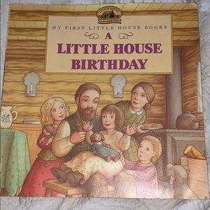Accessories - Bundle of 8 Children's Books